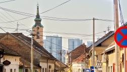 Zemun und sein Hintergrund Novi Beograd